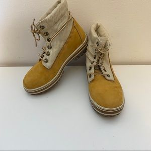 Timberland boys Roll Top Wheat Boots Size 1.5